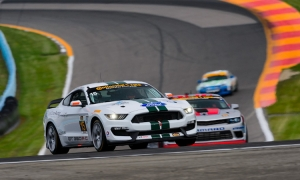 Shelby Gt350r-C Qualifies On PoleShelby Gt350r-C Qualifies On Pole In Imsa Competition