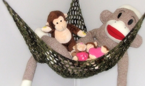 Toy Hammock The Perfect Space Saving Solution For Your Relationship With Soft Toys