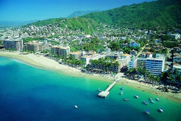 Canadian Family is Terrorized at Timeshare Presentation in Vallarta