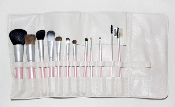 Good Makeup Brushes For Ladies