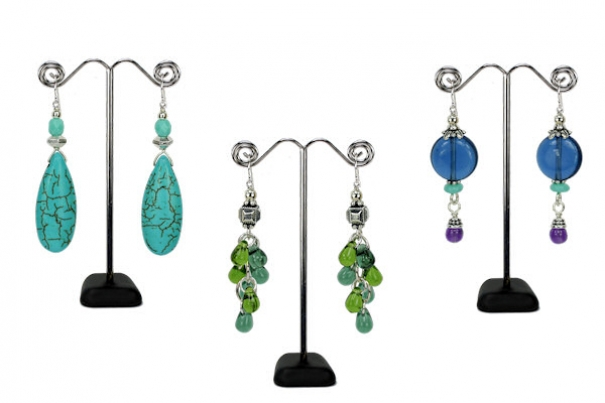 Online stores sell wholesale jewelry for all tastes.
